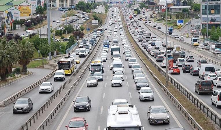 İstanbul'da trafik yoğunluğu yüzde 25
