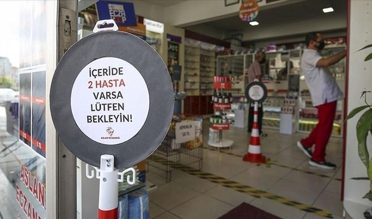 Eczaneler 'tam kapanma' sürecinde 09.00-18.00 arası açık
