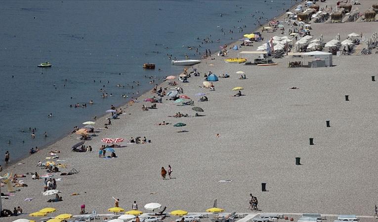 Antalya ve Muğla sahillerinde yoğunluk devam ediyor