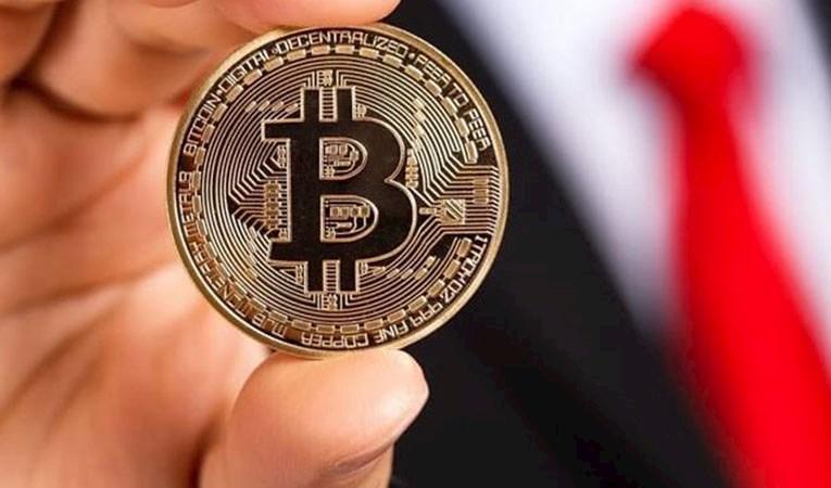 Bitcoin güne sert kayıpla başladı