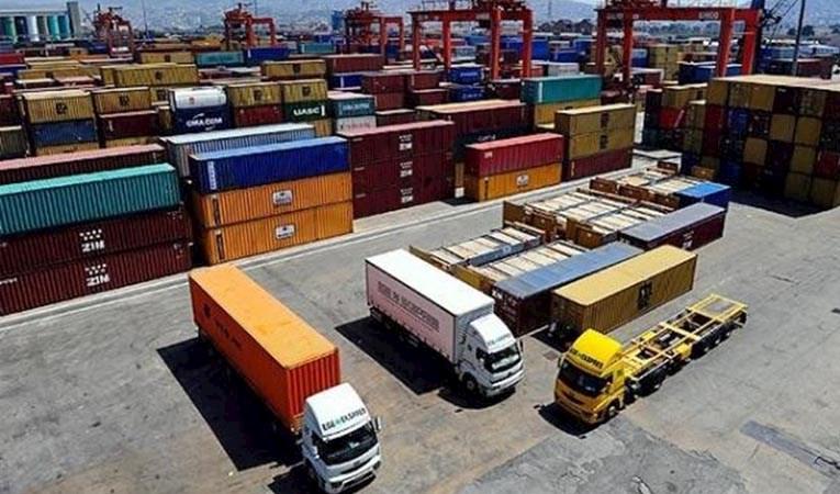 Dış ticaret açığı aralıkta arttı