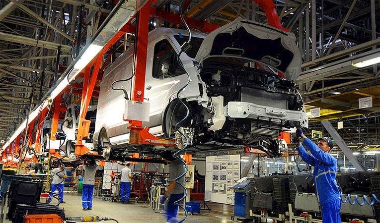Ford Otosan'dan üretim arasına devam kararı