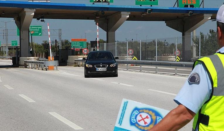 Araçlarıyla seyahate çıkacaklara 'HGS bakiyesi' uyarısı