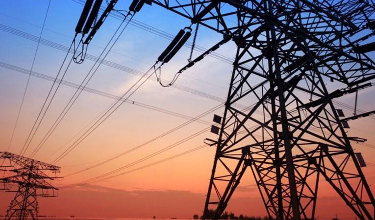 """Elektrik tüketimi """"tam kapanmada"""" yüzde 12,2 arttı"""