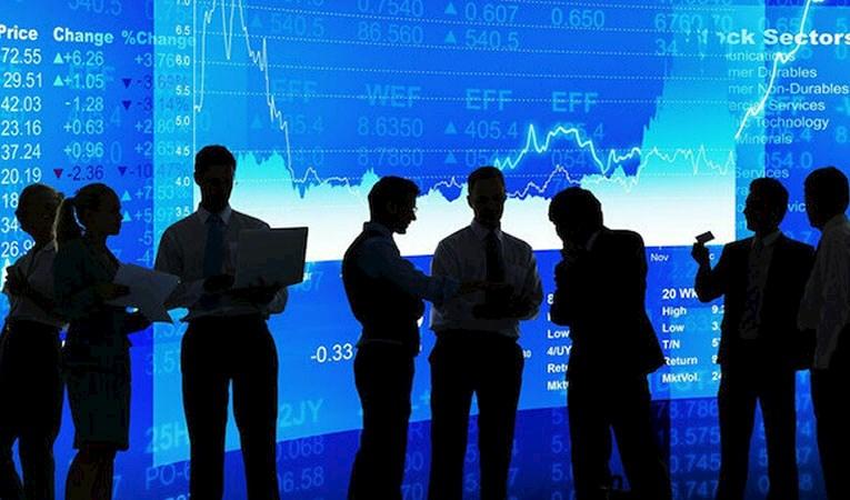 Genç yatırımcının borsaya ilgisi sürüyor