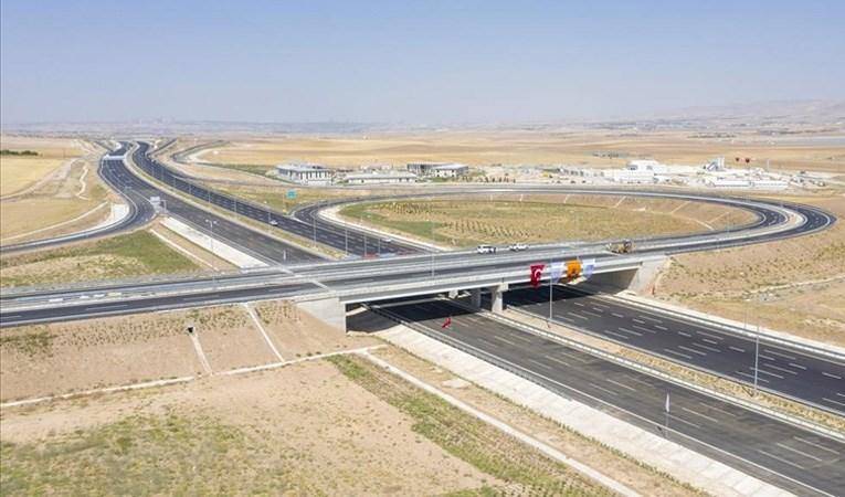Ankara-Niğde Otoyolu'nun tamamı hizmete giriyor