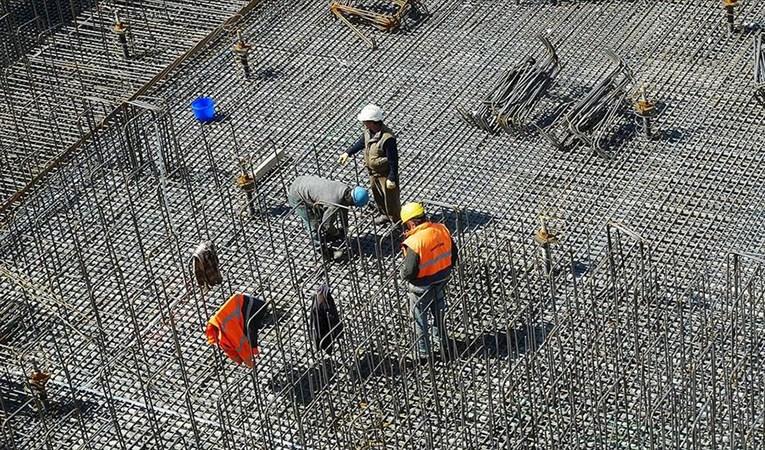 Güven endeksi hizmet, inşaat ve perakende sektöründe arttı
