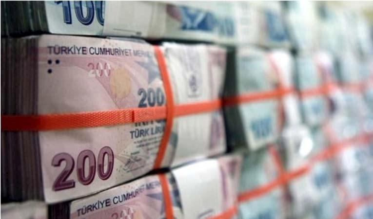 Bütçe kasımda 13,4 milyar lira fazla verdi