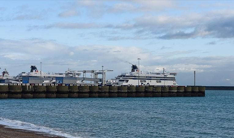 Nakliye krizi: İngiliz limanında konteynırlar birikiyor