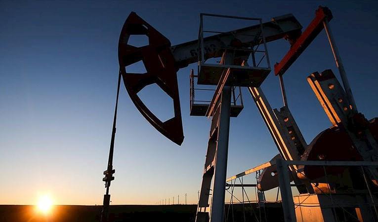 Brent petrolün varil fiyatı 72,44 dolara yükseldi