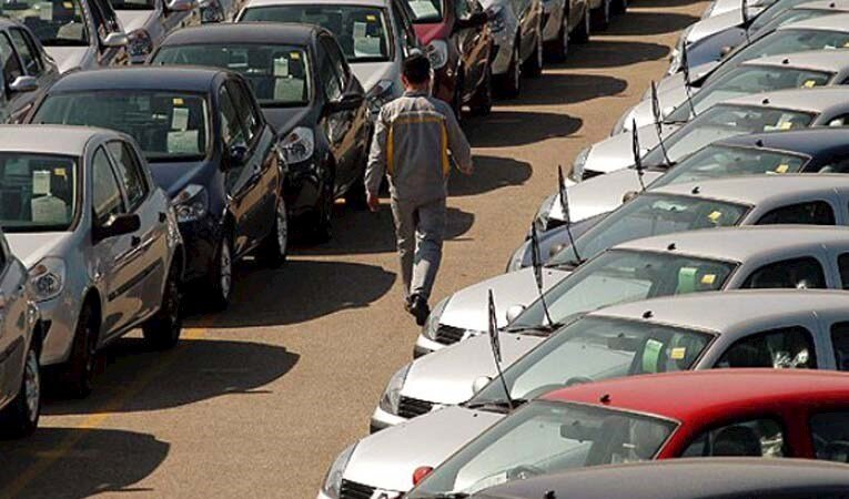 Otomotiv pazarı yüzde 56 küçüldü