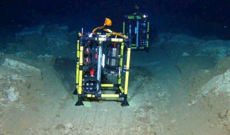 Almanya okyanus derinliklerinde arayışta… Geleceğin 'petrolü' neler olabilir?
