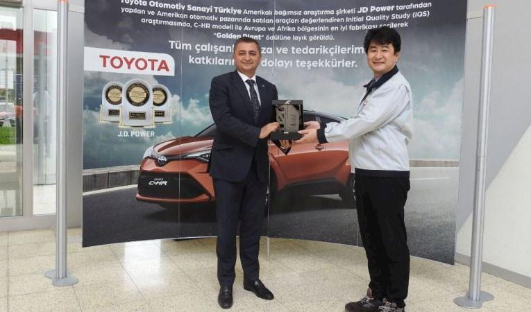 Toyota Otomotiv Türkiye'ye platin ihracat ödülü