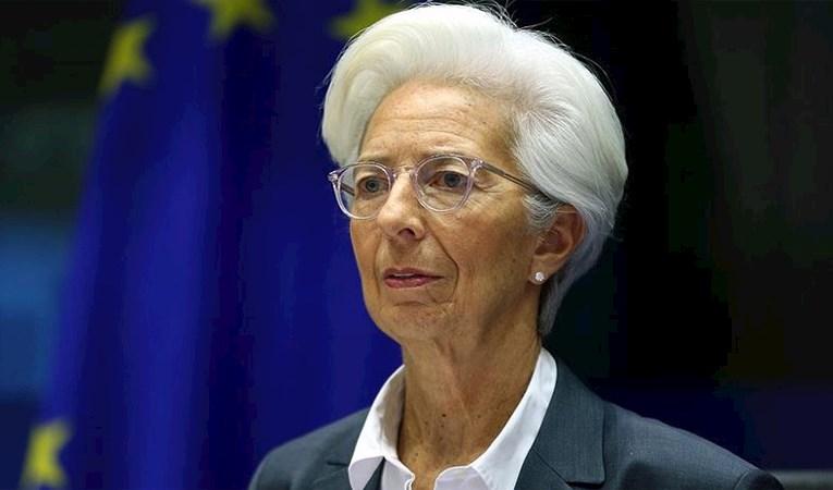 ECB'den 'faiz oranları düşük kalacak' mesajı
