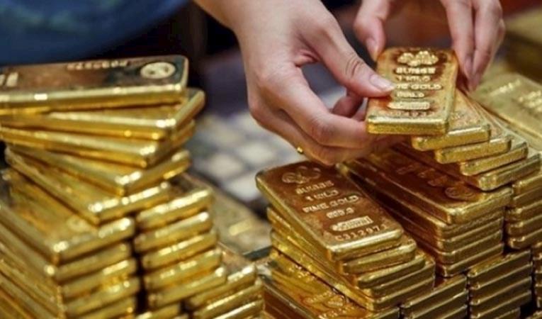Goldman Sachs, altın tahmini yükseltti