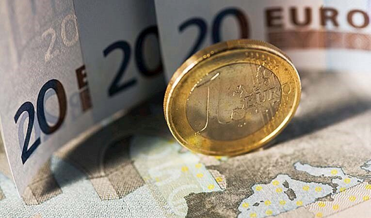 Euro/TL'de tarihi zirve