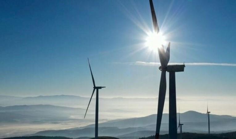 Yenilenebilir enerjide büyüme sürecek: Kapasite artışının yarısı bir ülkeden!