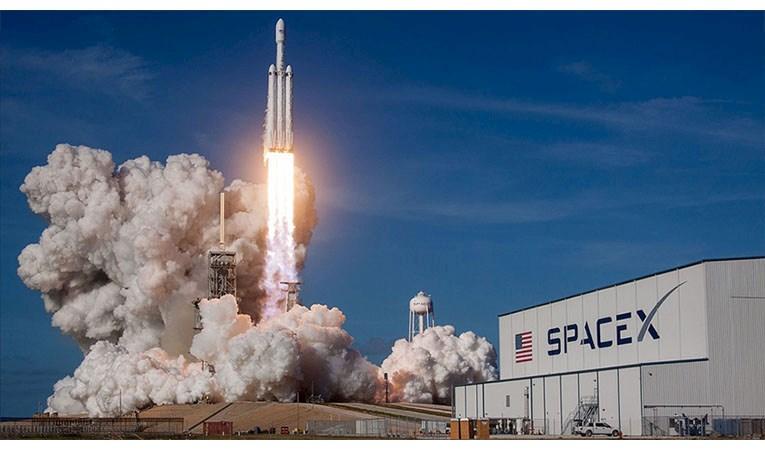 """Türkiye'nin uydusu Türksat 6A, """"Space X"""" tarafından fırlatılacak"""