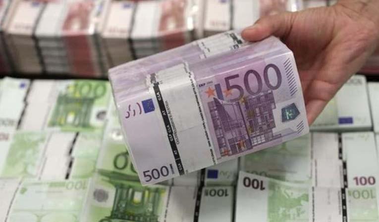Euro Bölgesi beklentilere paralel büyüdü