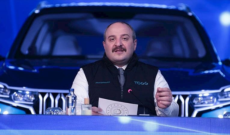 Bakan Varank: Türkiye'nin otomobili 2023'de piyasaya sürülecek